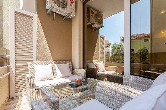 Lux Apartments Teodora Rafailovici - large terrace with furniture