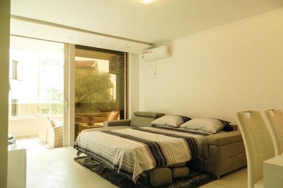 Спальное место в гостиной - диван